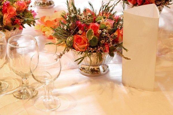 108 composition florale pour dresser votre table for Composition florale pour table